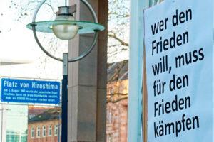 """Unser Beitrag zum bundesweiten dezentralen Aktionstag """"Abrüsten statt aufrüsten"""" 8"""